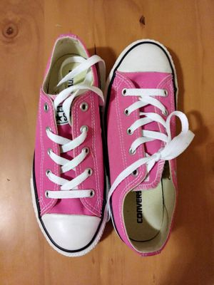 New in box pink converse size 3 for Sale in Denver, CO