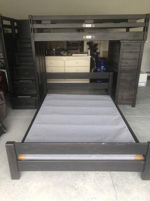 Loft bunk bed for Sale in Auburndale, FL