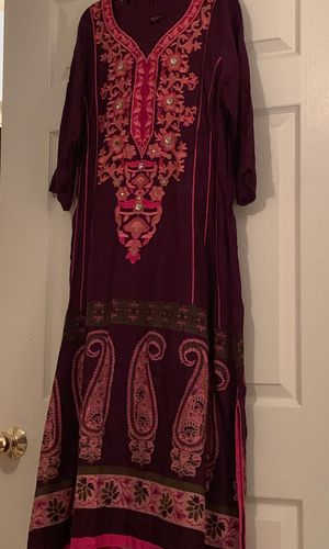 Pink and purple dress(PAKISTANI AND INDIAN) for Sale in Sterling, VA