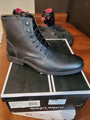 Robert Wayne mens boots size 10 for Sale in Richardson, TX
