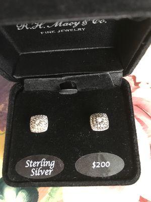 Diamond earrings for Sale in Clovis, CA