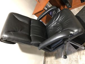 Computer chair for Sale in Dearborn Heights, MI