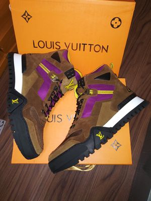 Louis vuitton boots size 8 for Sale in New York, NY