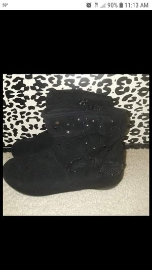 Girls black boots size 1 for Sale in Spring Hill, FL