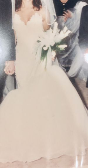 Custom hand made wedding dress-size small for Sale in Washington, DC