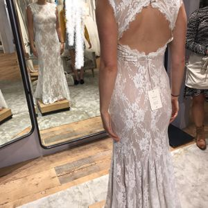 """BHLDN Wedding Dress """"Ryland"""" size 4 for Sale in Tigard, OR"""
