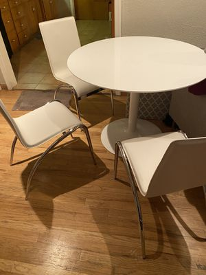 Dining table with chairs for Sale in Modesto, CA