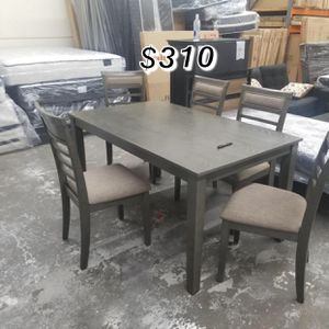 Brand new 7 piece Dinning table set for Sale in Lynwood, CA