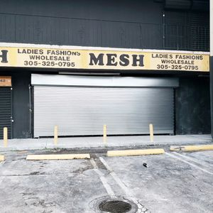 Comercial roll up doors for Sale in Hialeah, FL