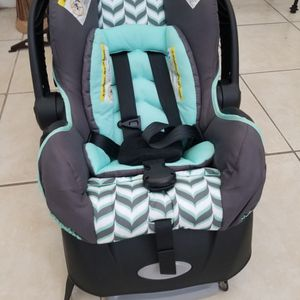 Baby Car Seat Used like New! for Sale in Homestead, FL