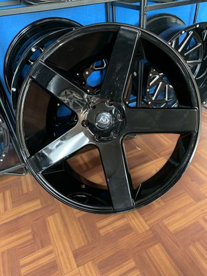 24s gloss black with tires 6lug Chevy Gm trucks suvs for Sale in Dallas, TX