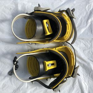 New Complete Snowboard Bindings Small - Med Setup for Sale in Fresno, CA
