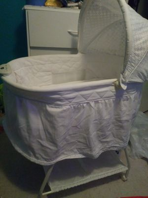 Bassinet for Sale in Houston, TX