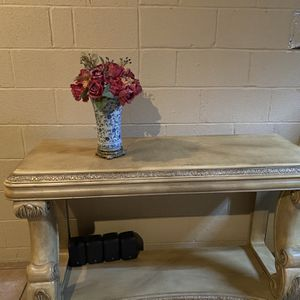 Console Table With matching coffee and End Table Sold Separately for Sale in Highland, MD