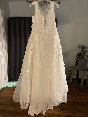 David's Bridal Ven style Ivory Wedding dress (size14) for Sale in San Marcos, TX