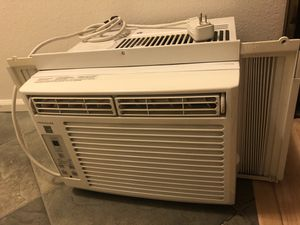 AC Unit for small window for Sale in Seattle, WA