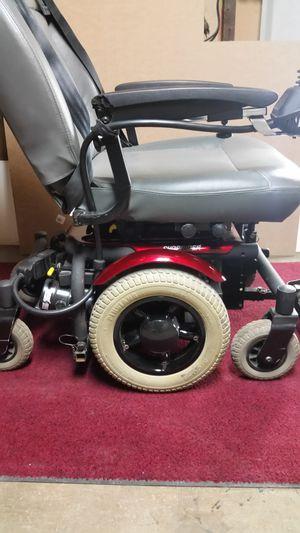 Motorized chair for Sale in Roanoke, IN