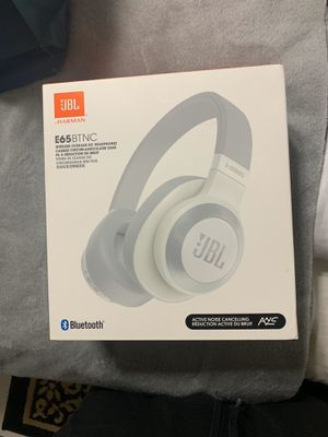 Jbl Noise Cancellation Headphones for Sale in Hialeah, FL