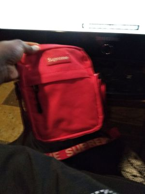 Supreme bag for Sale in St. Louis, MO
