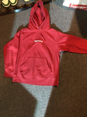 Supreme hoodie for Sale in Macomb, MI