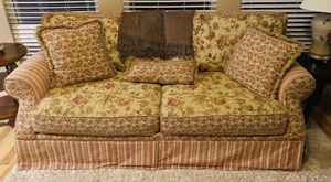 Sofa, love seat and coffee table for Sale in St. Louis, MO