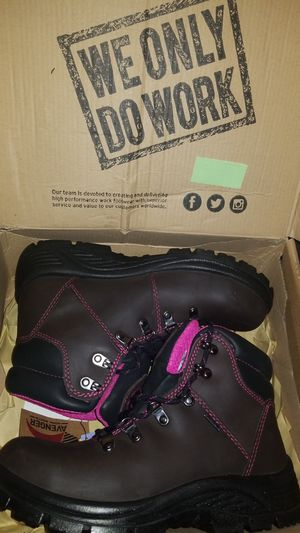 Avenger sz 8 1/2 Women's steel toe work boots (BRAND NEW) for Sale in Heath, OH
