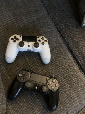 PS4 controller for Sale in Hialeah, FL