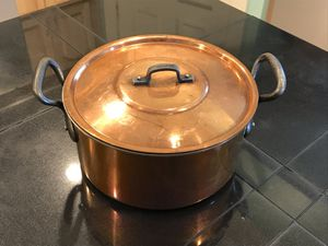 Copper pot with cast iron handles for Sale in Everett, WA