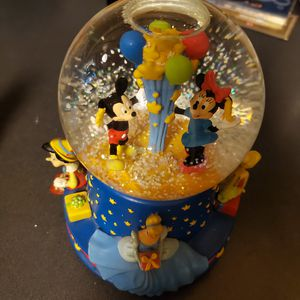 Disney snow globe for Sale in Waterford Township, MI
