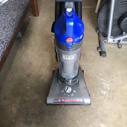 Hoover Vacuum for Sale in Kent,  WA