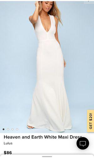 White open back maxi dress for Sale in Las Vegas, NV