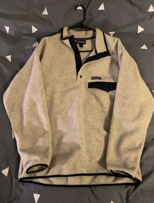 Patagonia Men's Medium Synchilla Snap T in Oatmeal Heather for Sale in Chicago, IL