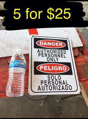 5 aluminum signs for $20 for Sale in Ontario, CA