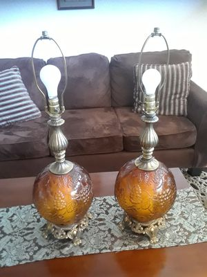 2 lamps for Sale in Sanger, CA