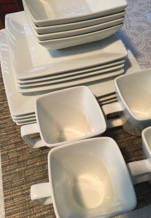 White Square Dish Set for Sale in Alexandria, VA