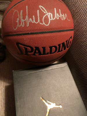Autographed basketball for Sale in Pecos, NM