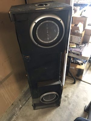Speakers and custom box for Sale in Livermore, CA