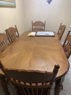 Kitchen table for Sale in Tampa, FL