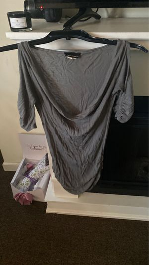Size Small tunic gray for Sale in East Hartford, CT