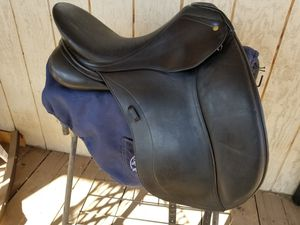 Schleese dressage saddle for Sale in Arroyo Grande, CA