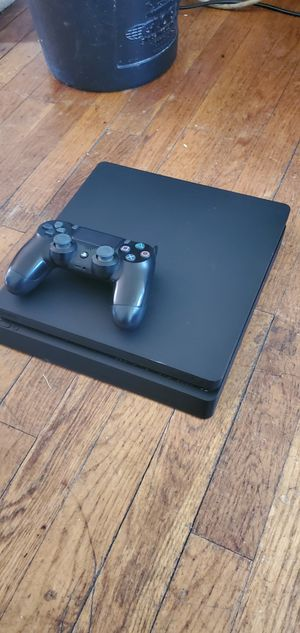 PS4 SLIM WITH EXTRA CAMO CONTROLLER N 2K 20 SOLD SEPARATELY for Sale in Baltimore, MD