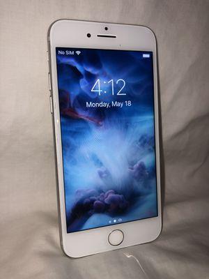 iPhone 7 128GB Silver AT&T for Sale in Wheaton, IL