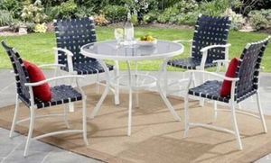 New!! 5-Piece Steel Dining set, White, outdoor patio furniture, patio table and chairs for Sale in Phoenix, AZ