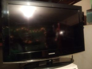 REDUCED FOR QUICK SALE!!! Samsung 32 inch TV for Sale in Austin, TX