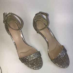 Kirstie Glitter Sandals 👡 NWOT for Sale in Rosedale, MD