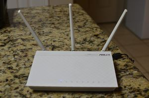 Asus wireless wifi router for Sale in Pearland, TX