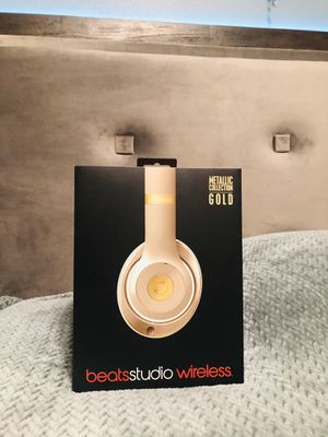 Beats by Dr. Dre - Beats Studio³ Wireless Noise Cancelling Headphones - Beats Metallic Collection - Gold for Sale in Riverside, CA
