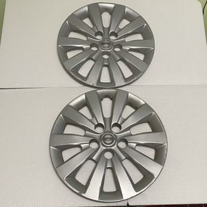 """2x Wheel Cover Hubcaps OEM 2013 2014 2015 2016 2017 Nissan Sentra 16"""" USED for Sale in Salinas, CA"""