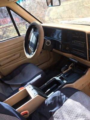 93 Jeep Wrangler for Sale in Valley View, OH