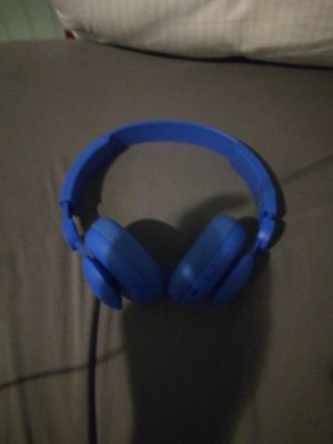 Bluetooth headphones for Sale in Wolcott, CT